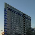 Плоское здание